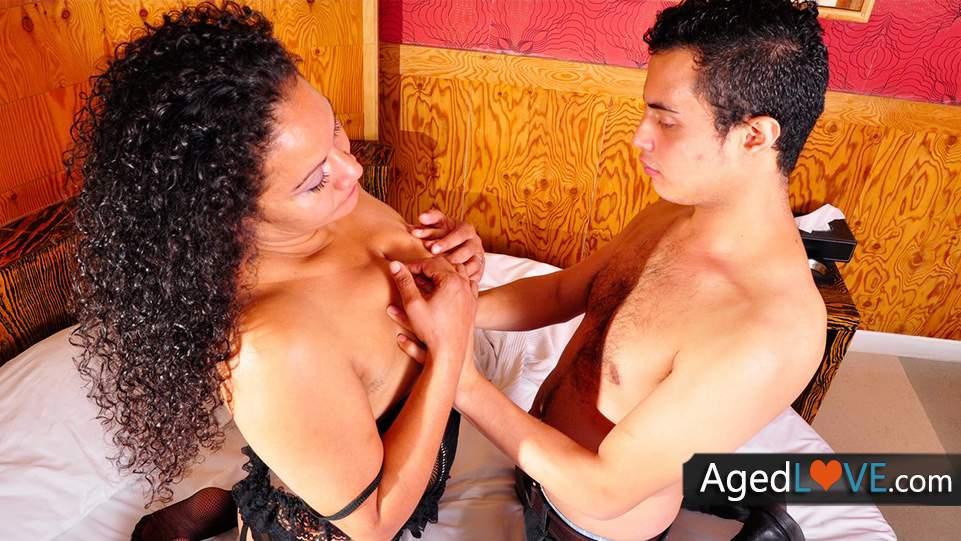 Latinské zralé ženy porno