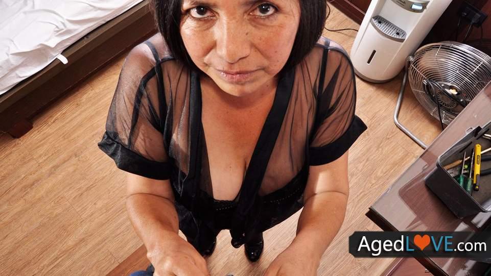 Latinskej lesbičky majúce sex
