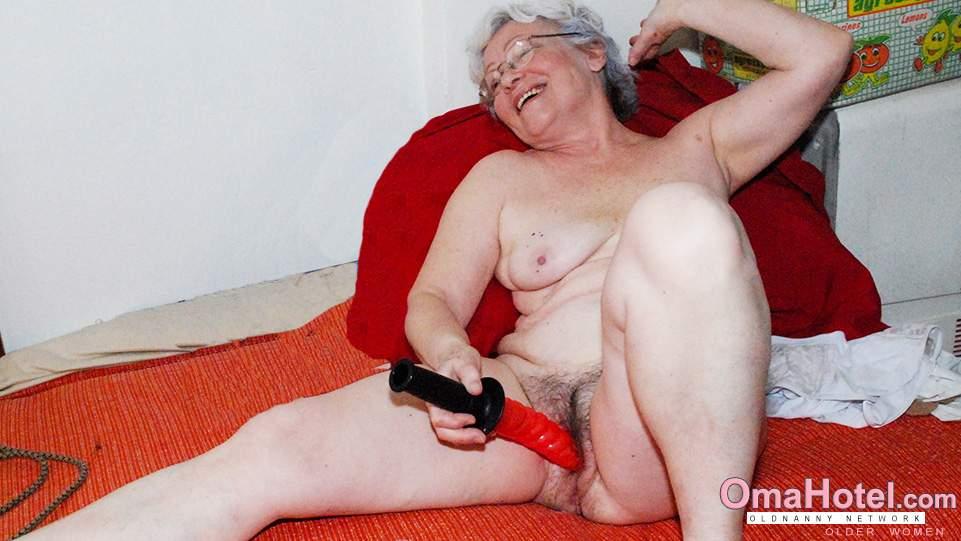 Juliianne hough nude