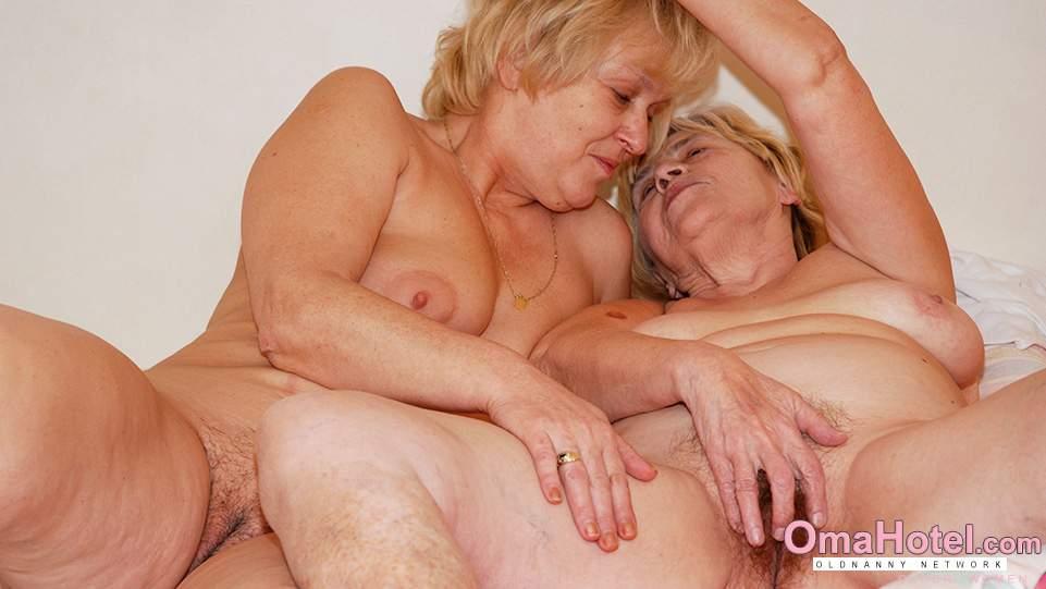 galerie mamuśek lesbijek ogromny pasek na lesbijek