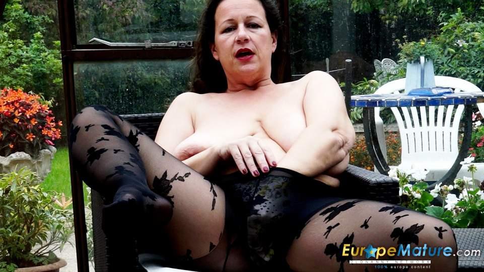 Jayne naked sarah fletcher since nude mature