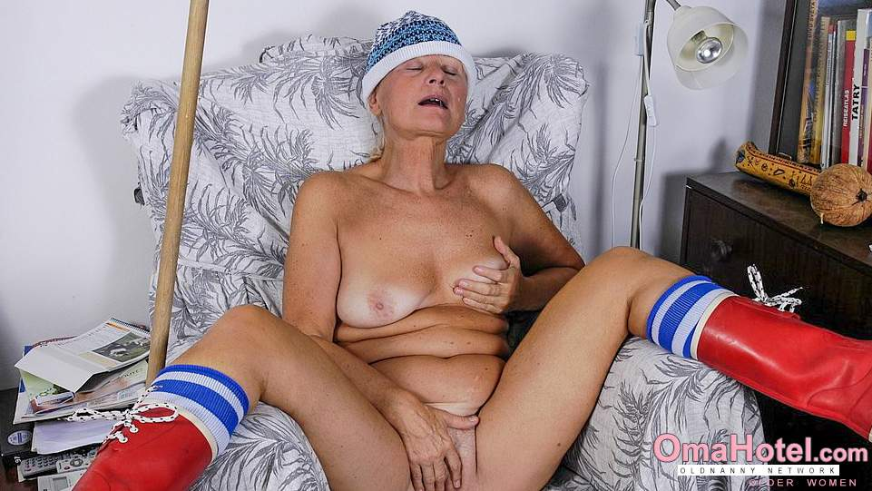 czarna babcia cipki ruchome porno nastolatek