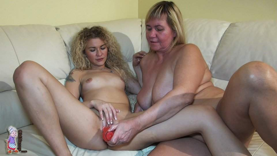 Agedlove sarah jane and lacey starr threesome 3