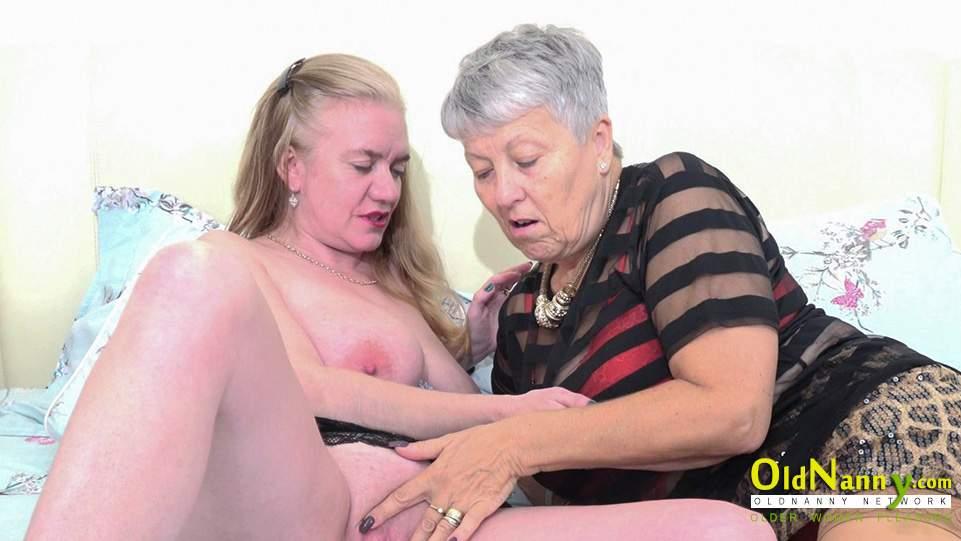 Devon lesbické sex veľký péro biych