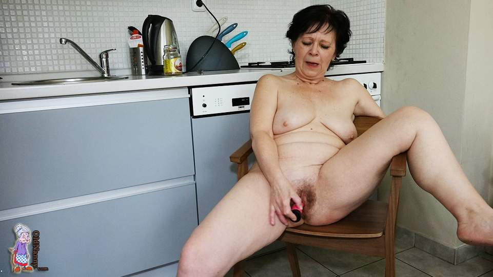 Oldnannycom - Old Mature Lady Masturbates In The Kitchen-5001