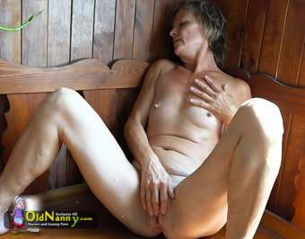 Very very hairy mature masturbating bvr
